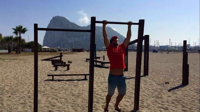 Podciąganie na drążku / Gibraltar