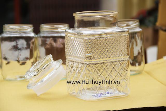 Binh thuy tinh 1,5 lit dep