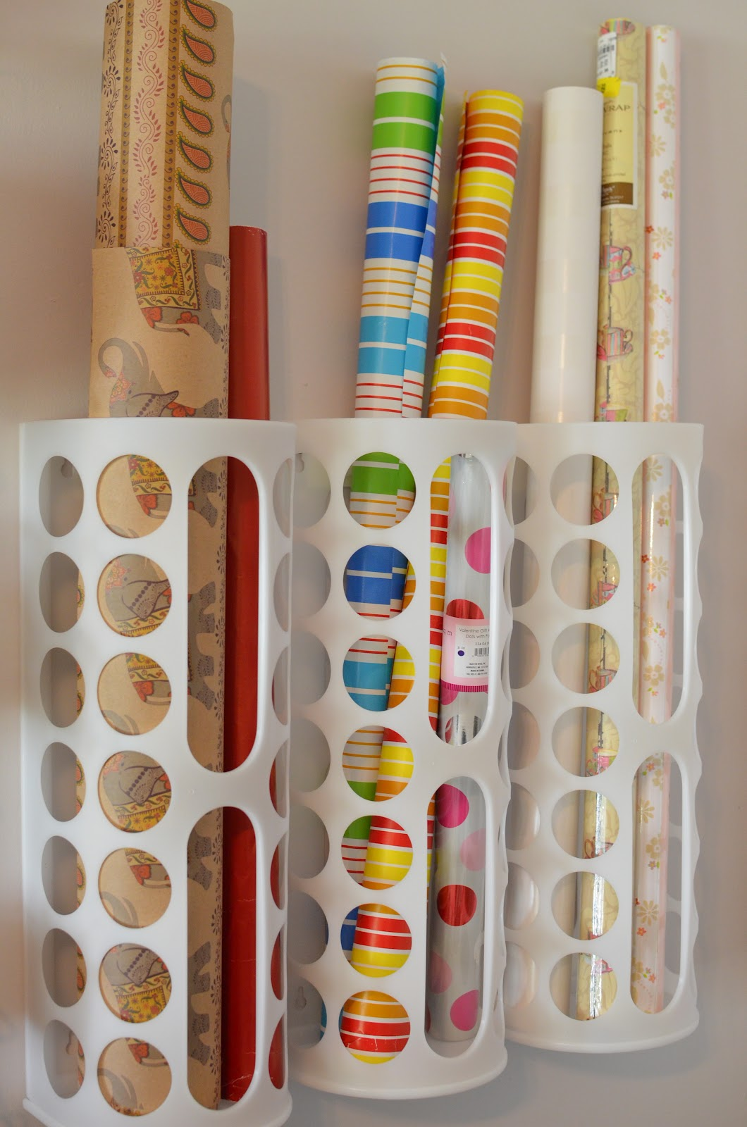 Plastic Wrapping Paper Storage
