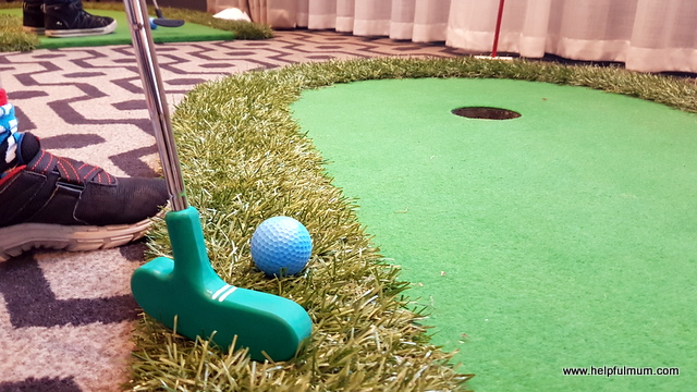putting with online golf
