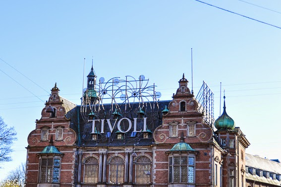 Entrada al  Parque de atracciones Tivoli en Copenhague