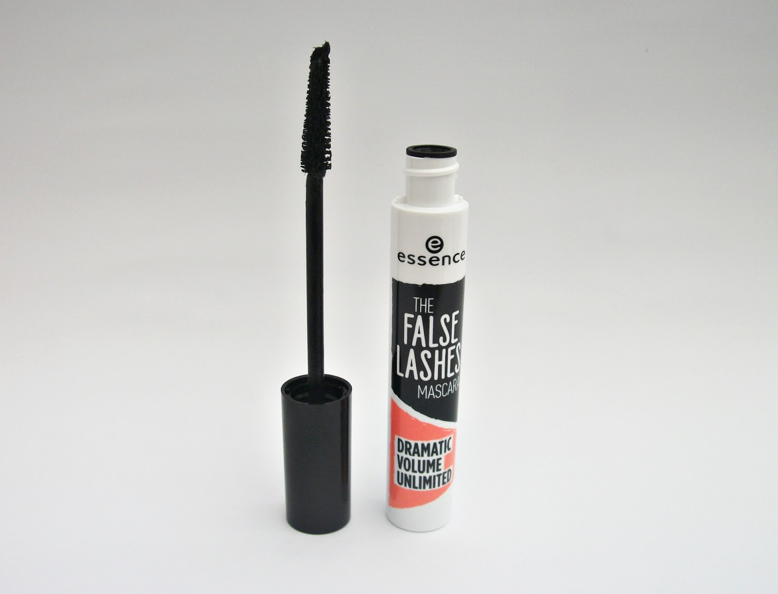 Máscara para cílios, The False Lashes, Essence