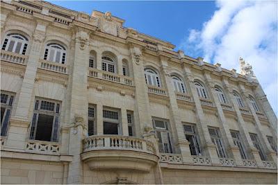 La Habana contada por sus edificios - La letra corta