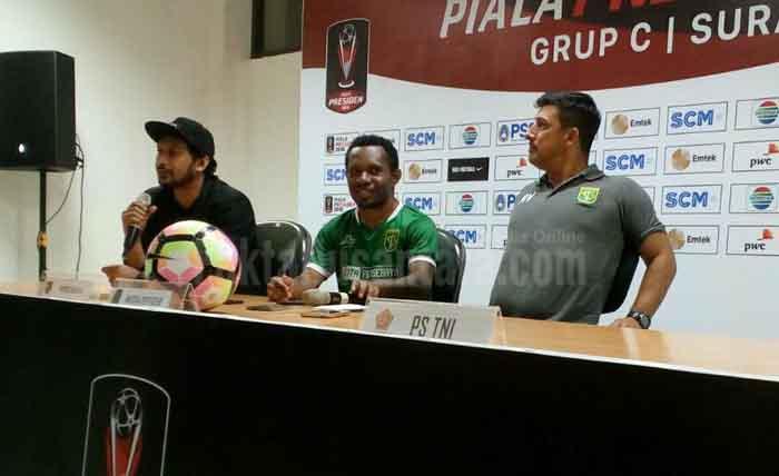 Pelatih Persebaya Alfredo Vera: Sepak Bola Kami Menyerang