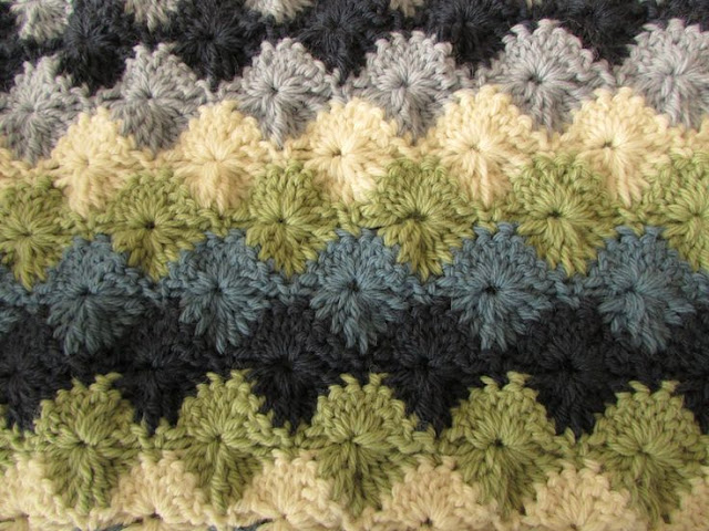 Easy crochet blanket - Starburst stitch blanket tutorial