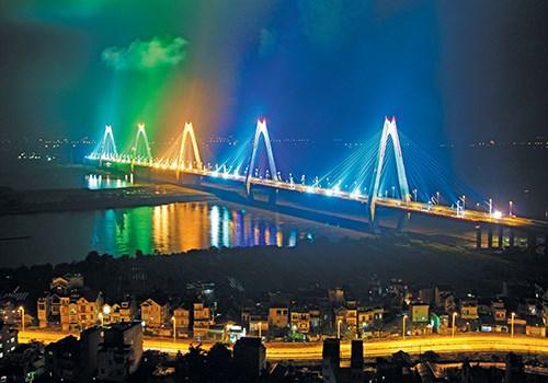 cầu Nhật Tân thông xe hồi năm 2016