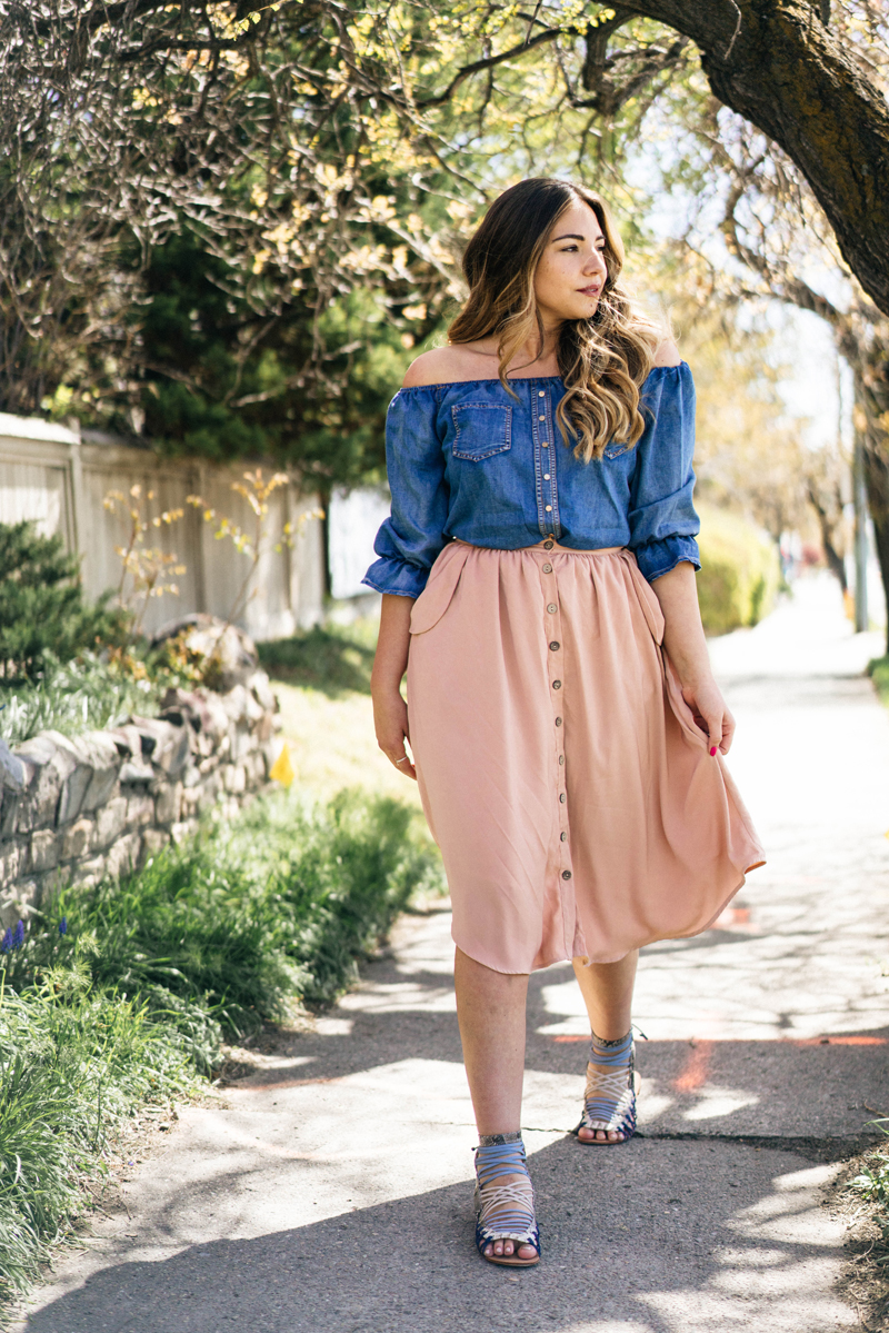 schutz shoes, pink skirt, style blog