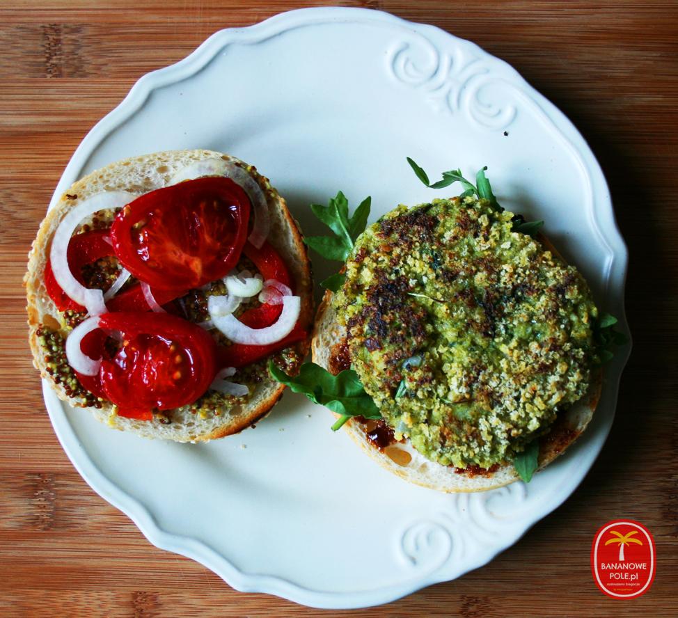 Brokułburger - zielony burger z brokułów i rukoli
