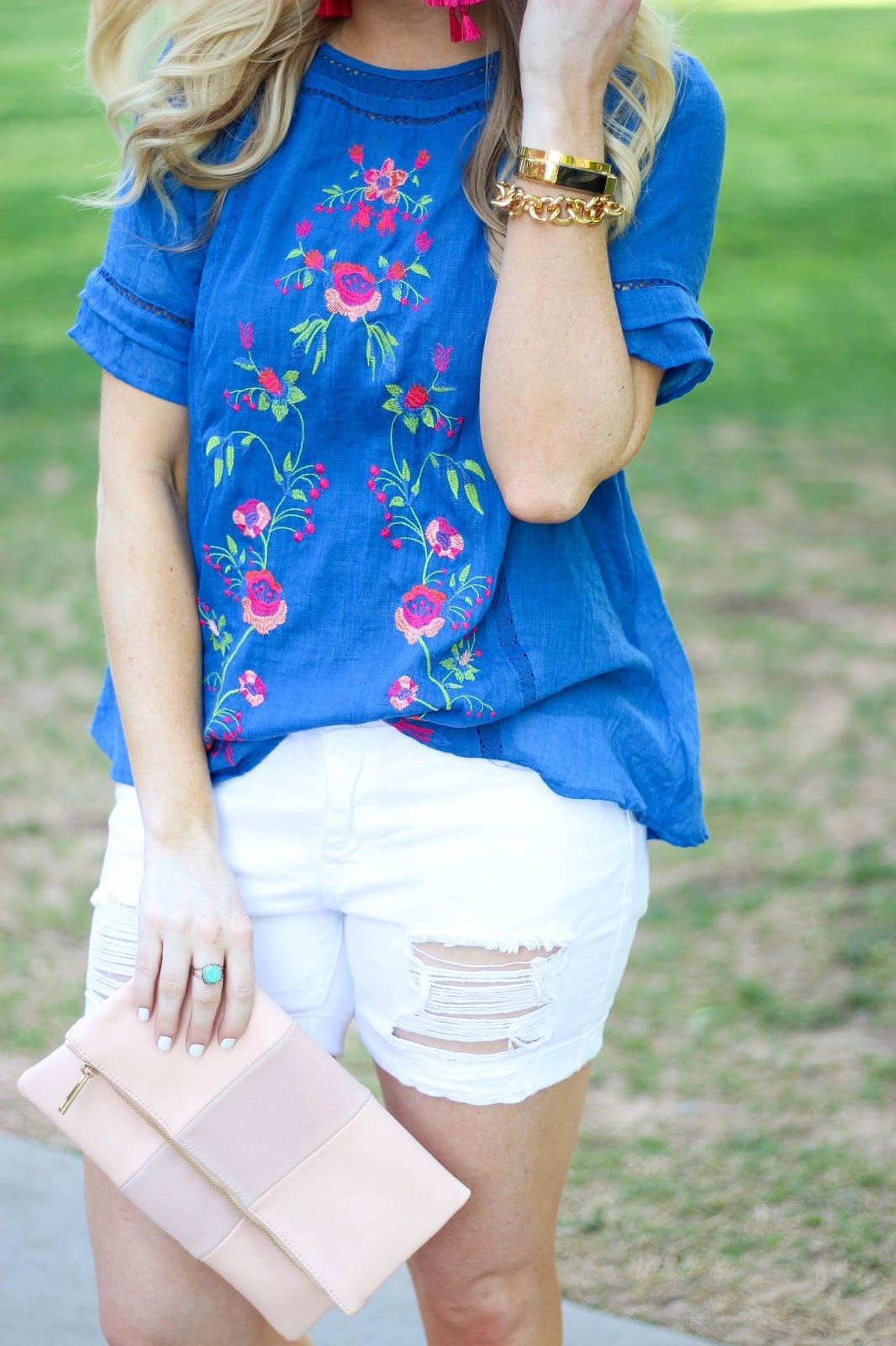 Blue Embroidered Floral Top with White Distressed Jean Shorts and Pink Accessories