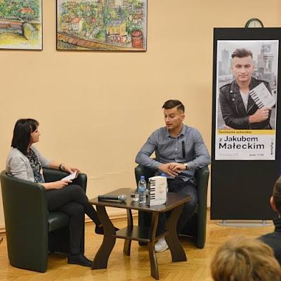 Jakub_Małecki_spotkanie_spotkanie_autorskie_w_Rybniku_