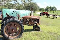 Tractores en Samoset