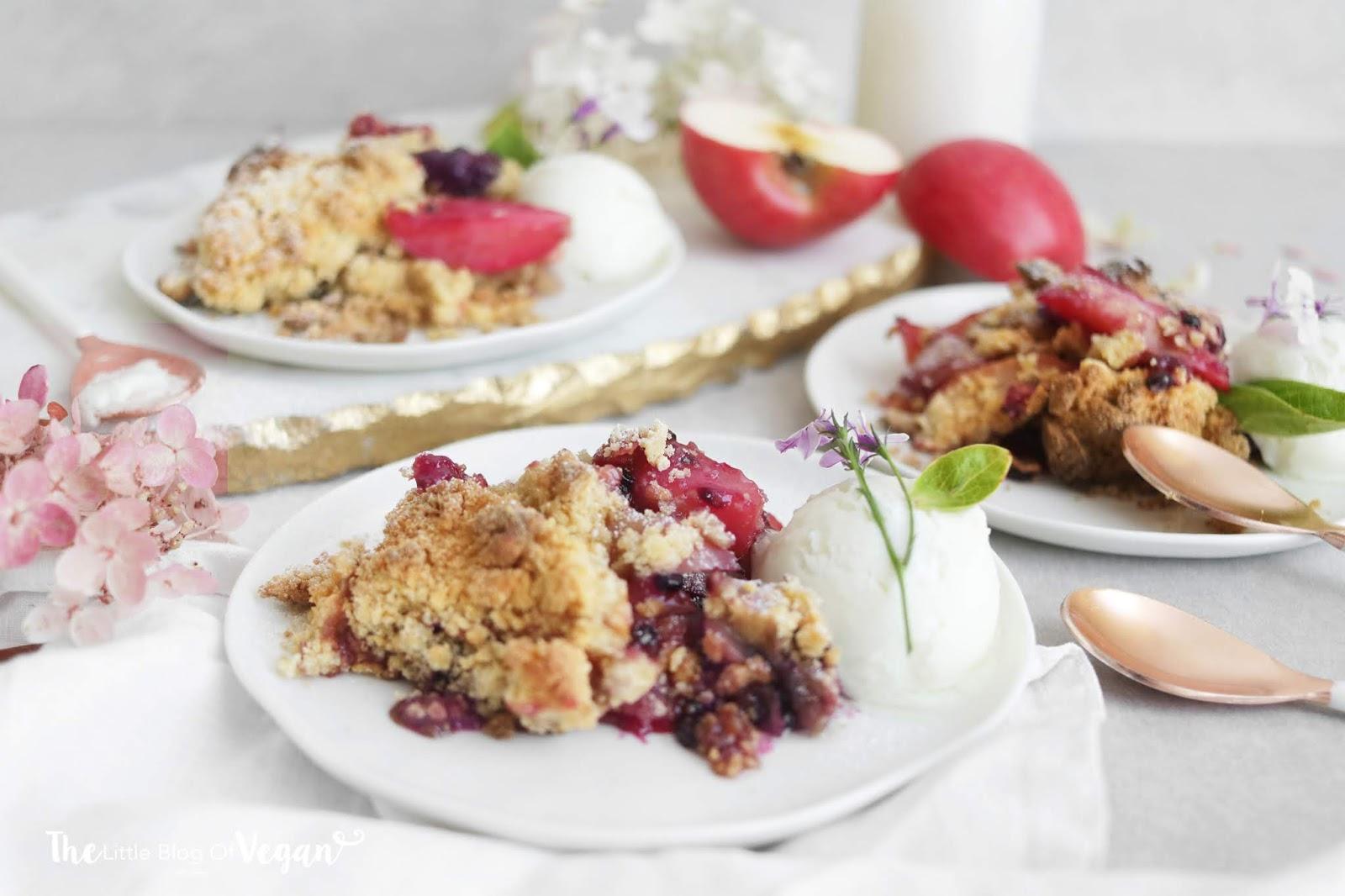 Blackberry & apple crumble recipe