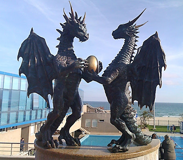 Dragon Sculptures and Statues