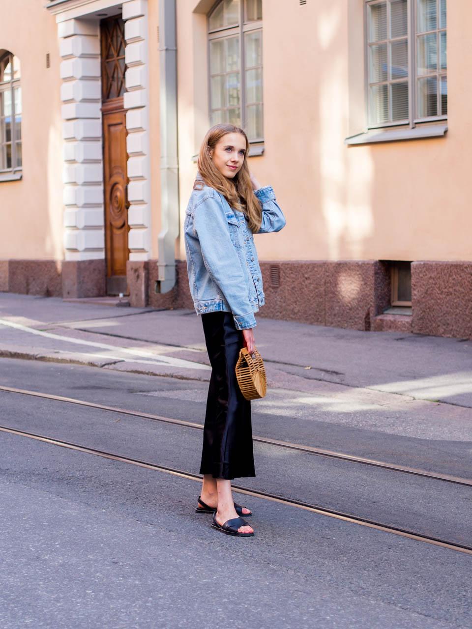 positivity-challenge-slip-dress-outfit-fashion-blogger-streetstyle-positiivisuushaaste-silkkimekko-muoti-bloggaaja