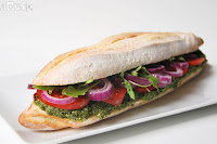 Sandwich de crema de espinacas y pistachos