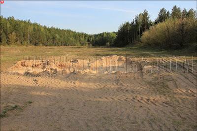 Новоколосово, 25 арсенал.  Карьер для забора песка на бывшем стрельбище