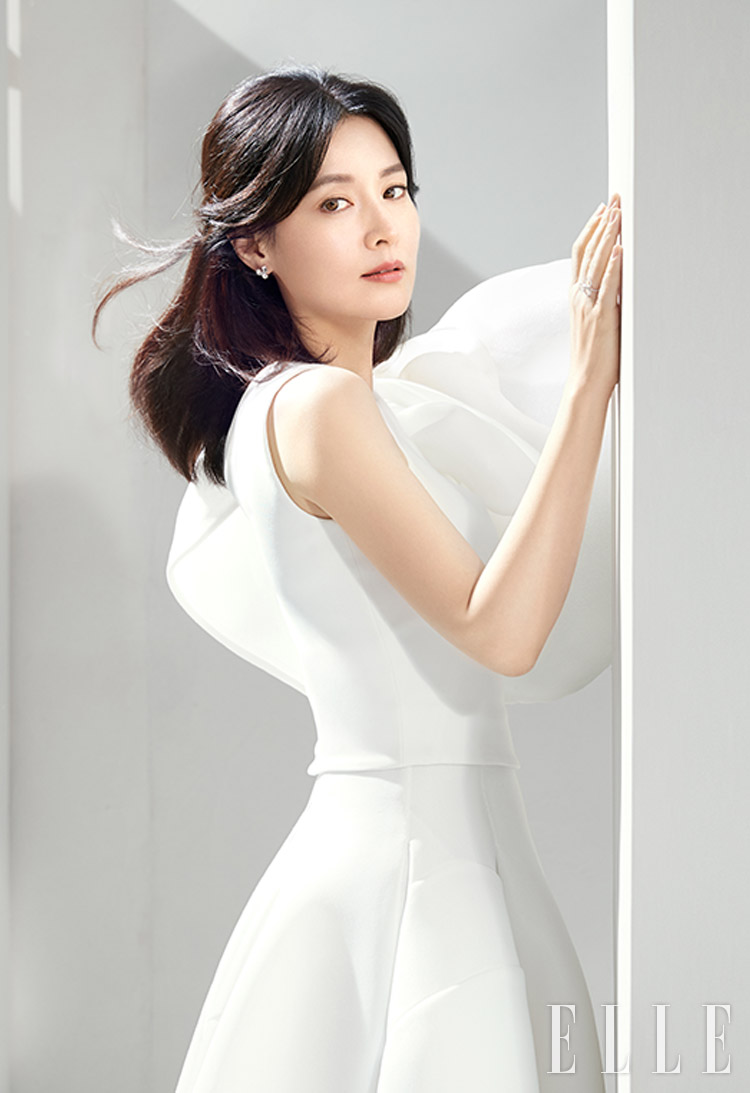 [Magazine] 190221 Lee Young Ae @ ELLE Korea