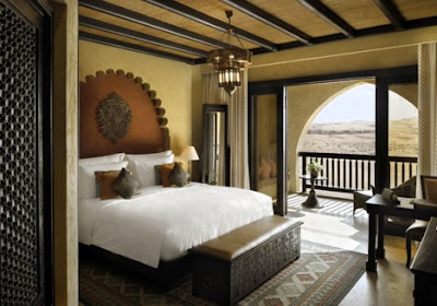 Small Balcony Bedroom Arabian - Indian Ideas