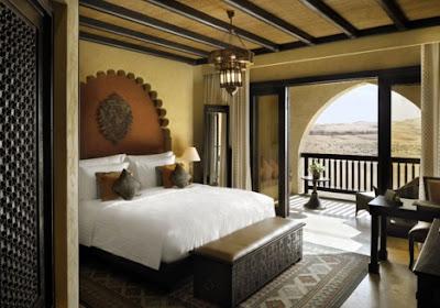 Small Balcony Bedroom Arabian - Indian Ideas