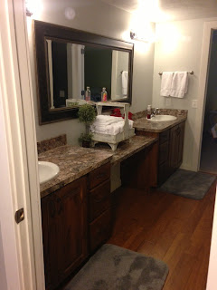 The quilt barn contest name our new retreat center - Jack n jill bathroom ...