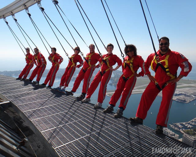 EdgeWalk group shot