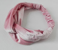 https://www.aliexpress.com/item/1pc-Elastic-Velvet-Twisted-Headband-Women-Soft-Turban-Noble-Scrunchy-Hair-Band-Turban-Bandana-Bandage-On/32828246877.html?spm=a2g0s.8937460.0.0.Foj1tg
