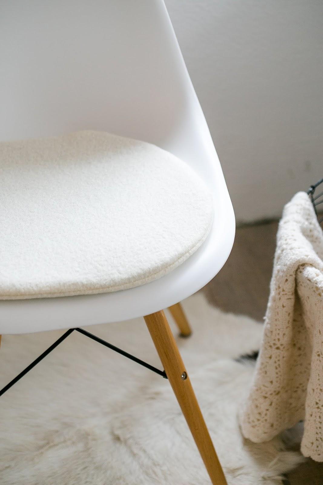 Eames Chair Cushion, Sitzkissen Für Eames, Etsyshop Pomponetti Interior
