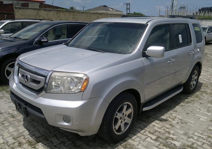 extra clean 2009 honda pilot touring edition 4wd dvd navigation 1st body non accidental. Black Bedroom Furniture Sets. Home Design Ideas