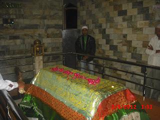 AULIA-E-INDIA : Dargah Images