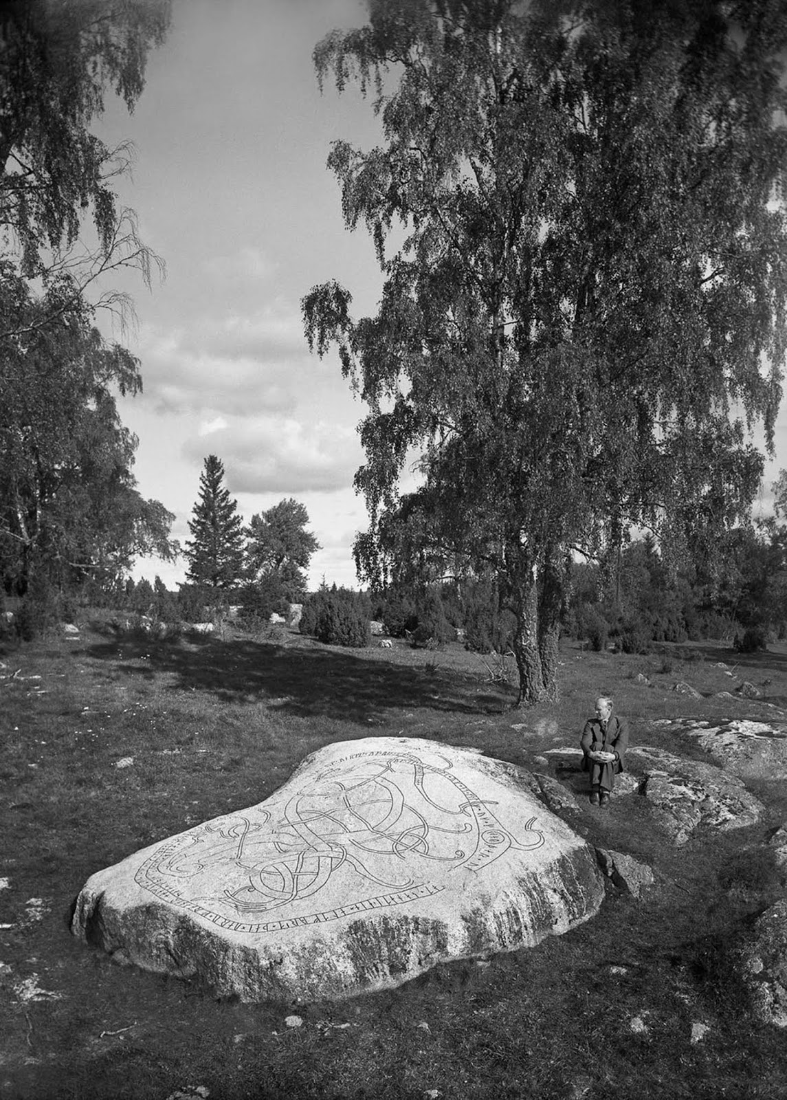 A rock with a runic inscription in Granby, Orkesta. It reads,