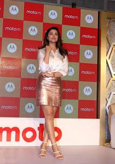 Parineeti Chopra Stills in Golden Mini Skirt at Motorola Moto M Launch  0015.jpg