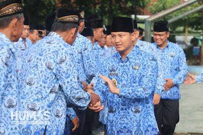 Plt. Bupati Nur Arifin Berikan Penghormatan Kepada PNS