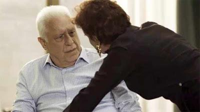 Alberto e Vera em cena da novela Bom Sucesso (Foto: Reprodução)