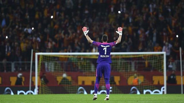 Fernando Muslera: En büyük hayalim Avrupa Kupası kazanmak.