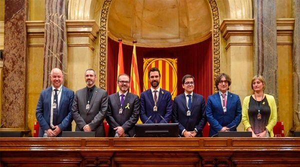 Parlamento catalán propone a Puigdemont para presidir Generalidad