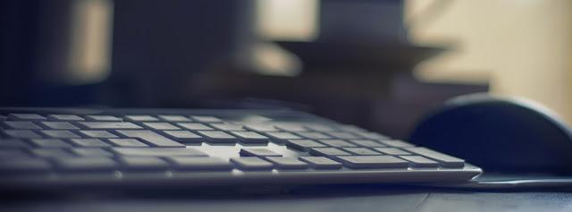 jak stworzyć stronę internetową by zarabiać na programach partnerskich