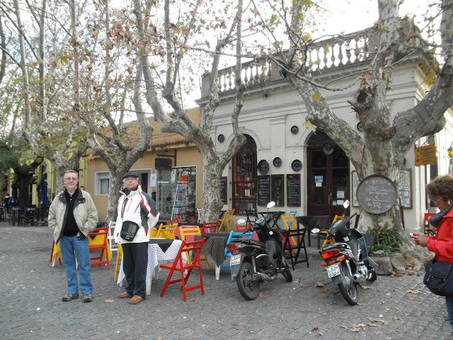 Praça do Restaurante Viejo Barrio Colonia del Sacramento
