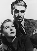 Joan Fontaine and Laurence Olivier in Rebecca (1940) (6)