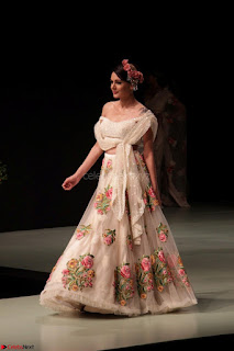 Pallavi Jaikishan Celete 45year In Industry witha beautiful Fashion Show 24.JPG