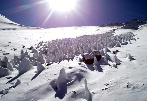 Penitentes-gelo-neve