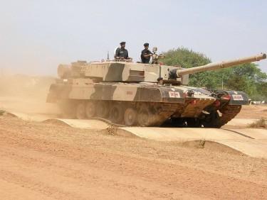 tank terbaik India