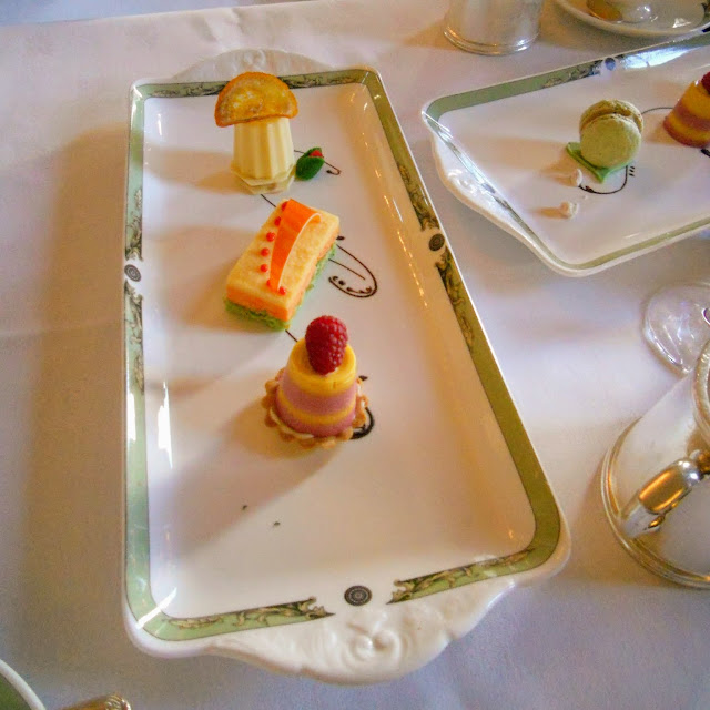 Dublin Day Out: Afternoon Art Tea at the Merrion Hotel