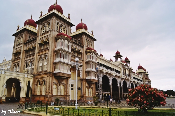 Palatul-Mysore-India