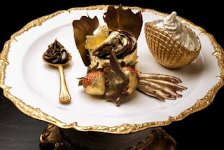 The Golden Phoenix Cupcake
