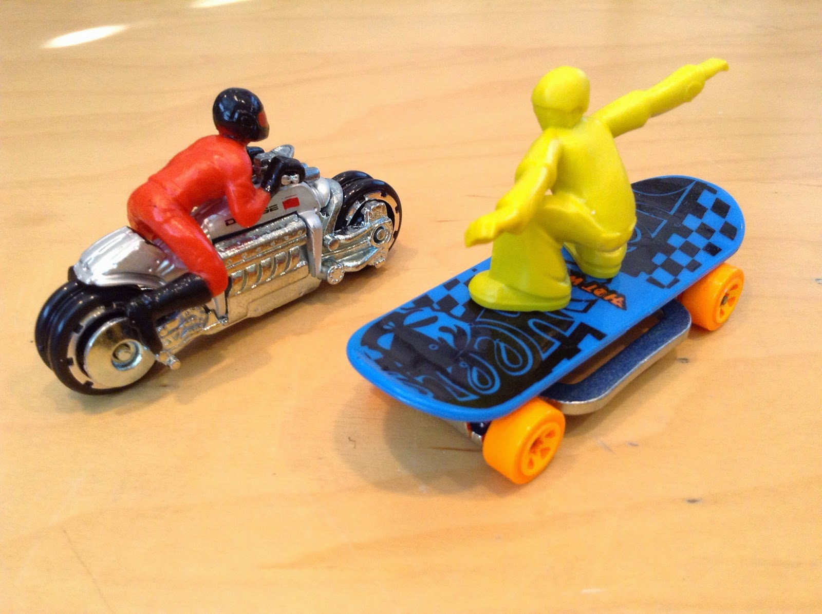 Julian's Hot Wheels Blog: Dodge Tomahawk & Skate Punk
