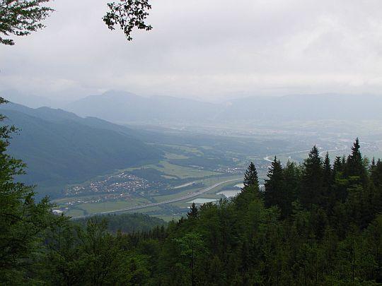 Widok na wieś Lipovec.