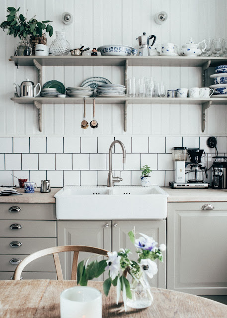 Kitchen Design: At home With Johanna Bradford by Kristin Lagerqvist {Cool Chic Style Fashion}