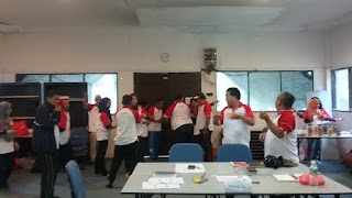 Team HOW latihan berkumpulan