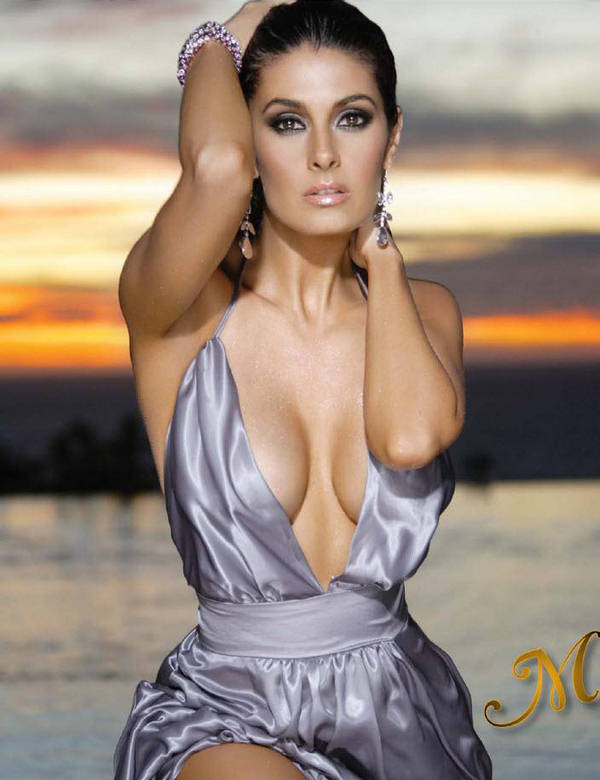 http://4.bp.blogspot.com/-mfwi5KoM01c/TtEcQX1-deI/AAAAAAAAB8M/ULb1wDW8Ijw/s1600/Mayr%25C3%25ADn+Villanueva+5.jpg