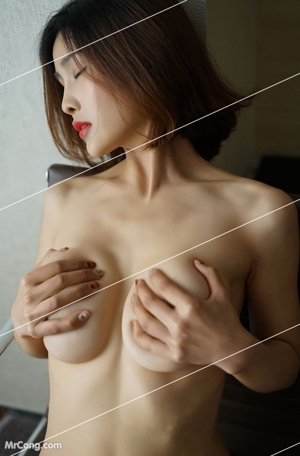 Image Yan-Pan-Pan-Part-3-MrCong.com-043 in post Ngắm vòng một siêu gợi cảm với nội y của người đẹp Yan Pan Pan (闫盼盼) (51 ảnh)